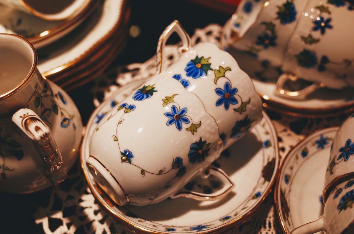 porcelain cups, saucers and milk jug