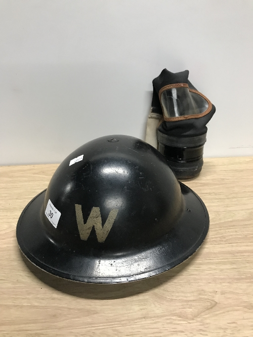 WORLD WAR 2 AIR RAID WARDENS HELMET & GAS MASK