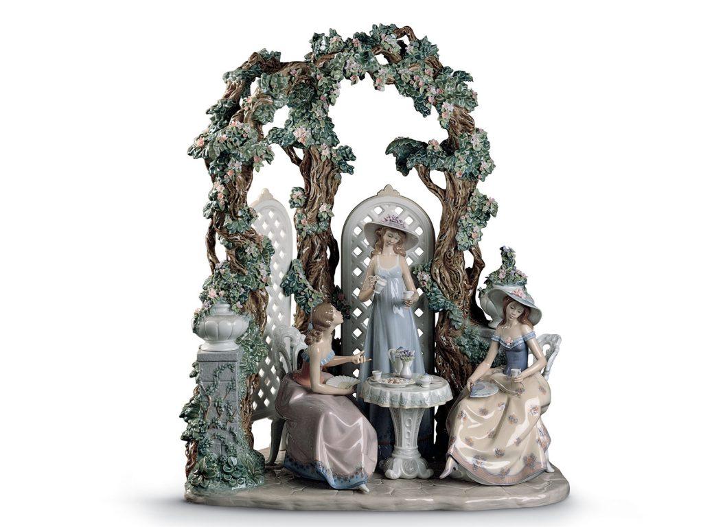 Lladro Tea Garden - Featonby's Auctioneer